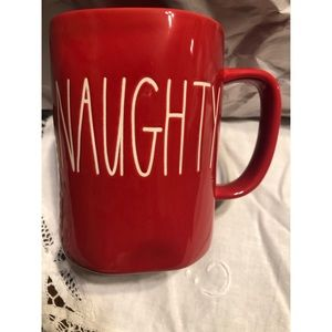 🎄NWOT Rae Dunn 2018 Red Naughty Nice mug🎄
